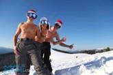 Діди Морози на склоні Буковель Карпати Новий Рік Різдво Клуб Мандрівників Bukovel New Year Cristmas