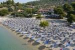 просторий пляж Лагомандра біч (LAGOMANDRA BEACH) Сітонія (Sithonia) Халкідіки Греція Клуб Мандрівників