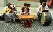 уличные музыканты улица Галицкая ЛЬВОВ экскурсионный тур1 мая Майские праздники во Львове Клуб Мандривныкив