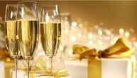 бокалы шампанского ЛЬВОВ экскурсионные туры НОВОГОДНИЕ УЗОРЫ Новый Год Рождество Христово Клуб Мандривныкив
