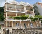 балкон вилла БЕЛИЧ Будва Черногория (villa BELIC Budva Montenegro) Klub Mandrivnykiv