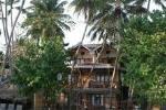 дерева Тапробан Біч (THAPROBAN BEACH) Унаватуна (Unawatuna) Шрі-Ланка Клуб Мандрівників