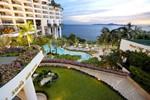 газон Роял Кліф Гранд Хотел (ROYAL CLIFF GRAND HOTEL) Паттайя (Pattaya) Тайланд Клуб Мандрівників