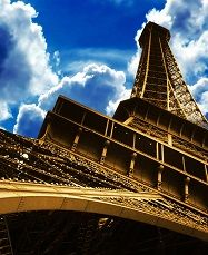 Ейфелева вежа ФРАНЦІЯ Тури в Європу Автобусні тури у Францію Клуб Мандрівників