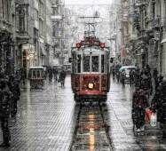 трамвай Стамбул ТУРЕЧЧИНА Тури на Близький Схід Автобусні тури в Туреччину Клуб Мандрівників