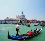 човен Венеція ІТАЛІЯ Тури в Європу Автобусні тури в Італію Клуб Мандрівників