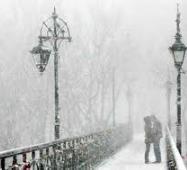 Закохані на мості УГОРЩИНА Новорічні тури в Європу Автобусні тури в Австрію Клуб Мандрівників