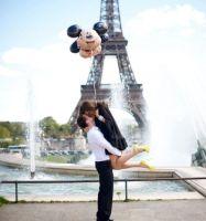 Поцілунок Париж ФРАНЦІЯ Тури в Європу Автобусні тури у Францію Клуб Мандрівників
