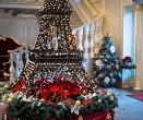 лоббі санаторій Женева Трускавець, відпочинок в Карпатах, Новий Рік та Різдво в Карпатах та Трускавці від «Клубу Мандрівників»